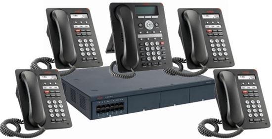 Centralita Avaya IP Office 500 V2 con 5 terminales IP y 4 líneas SIP
